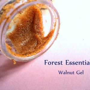 Forest Essentials Revitalisierung kashmiri Walnuss Gel Peeling Bewertung