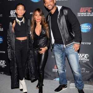Jada pinkett smith zeigt off 'vollere' Figur